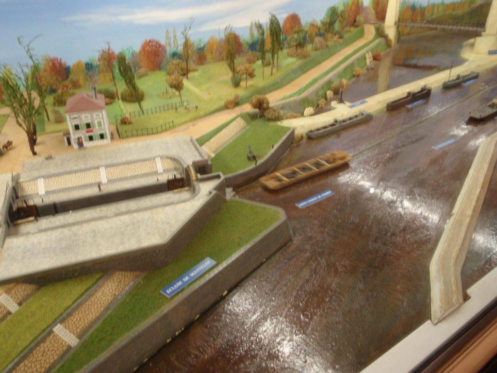 s les différents métiers du monde du fleuve ou du canal