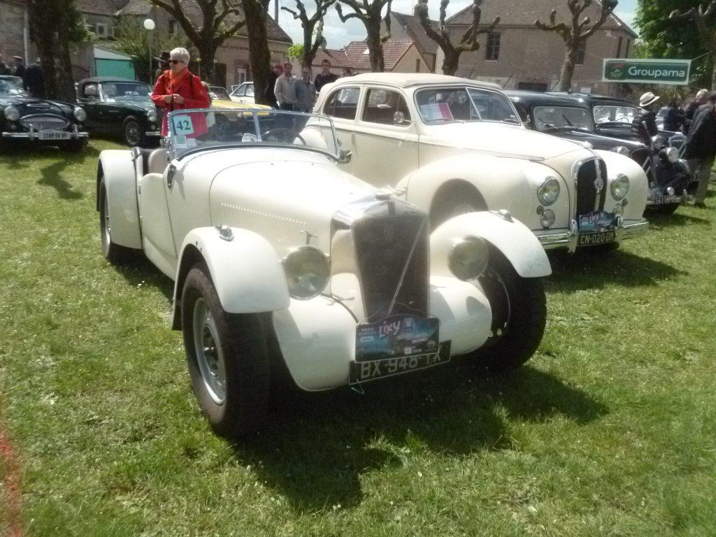Rallye et exposition de voitures anciennes à LIXY dans l'Yonne