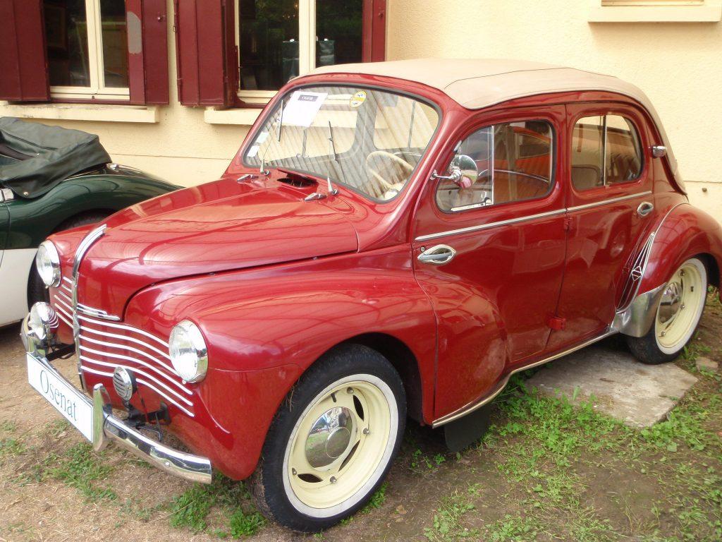 Renault 4cv Décapotable de 1951 Modèle grand luxe