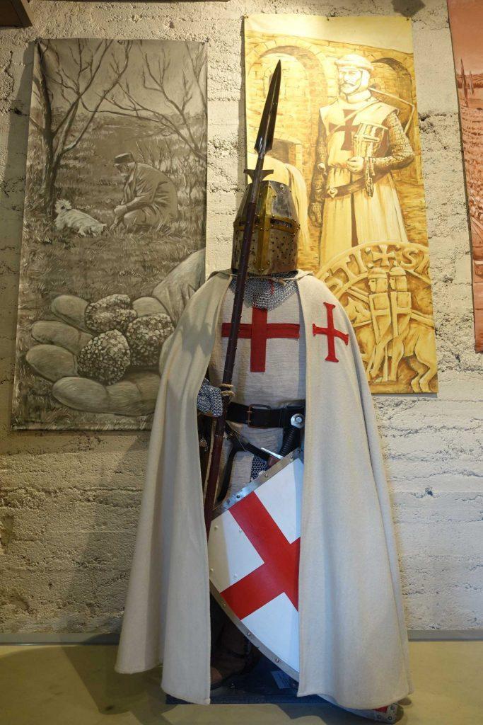 Rendez vous mensuel dans l'enclave des Papes