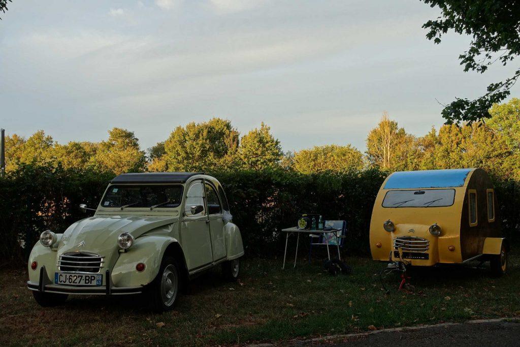Rétro camping dans le Berry épisode 1